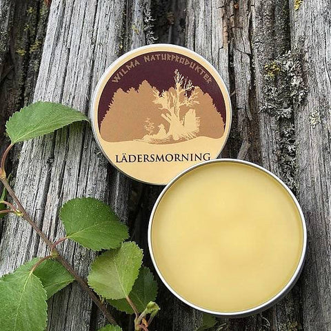 A natural leather grease for your leather products. It has outstanding ability to penetrate and makes the leather - regardless of thickness - very soft, smooth and highly water-repellent. Contains: Lanolin, organic vegetable oils and essential birch oil and beeswax. 70g Tin.