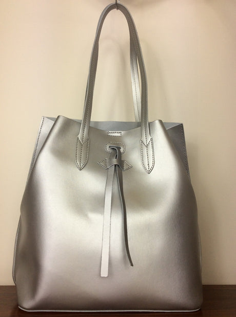 Italian silver metallic leather handbag with shoulder straps