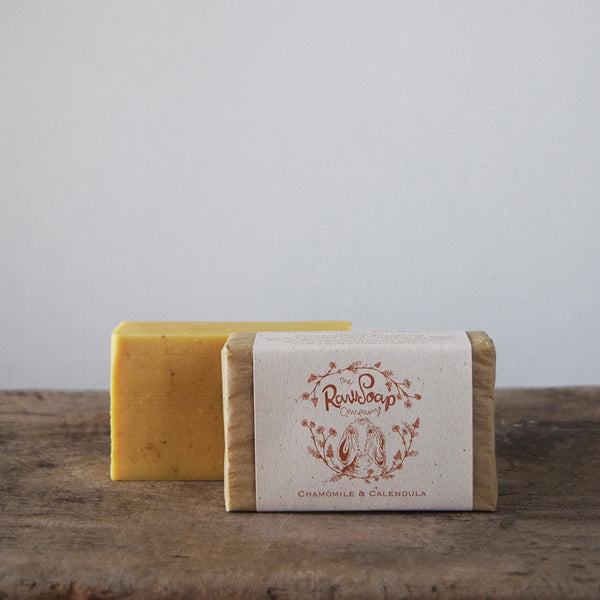 This handmade Chamomile & Calendula Goat Milk Soap Bar with Calendula infused rapeseed oil and pure Hampshire chamomile essential oil offers super skin-healing properties; both are antiseptic and calming.