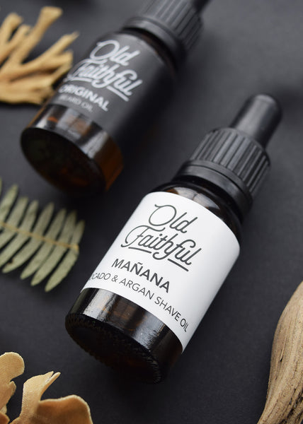 Mañana Shave Oil by Old Faithful is a 100% natural oil, hand blended in small batches, with a zesty freshness of Coriander that takes you right back to your  summer adventures, while Chamomile and Cedarwood will bring you the smoothest shave that you'll ever get!