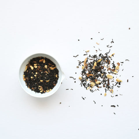 Vanilla Chai black tea is a hand blended Sri Lankan black tea with a well-crafted combination of bold and fiery chai spices perfectly tempered by smooth vanilla. All ingredients are ethical sourced and fairly traded.