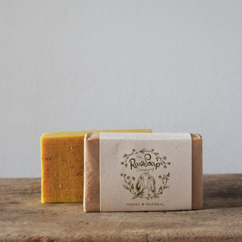 Handmade natural soaps | Handcrafted in the UK from pure goat milk honey and oatmeal.