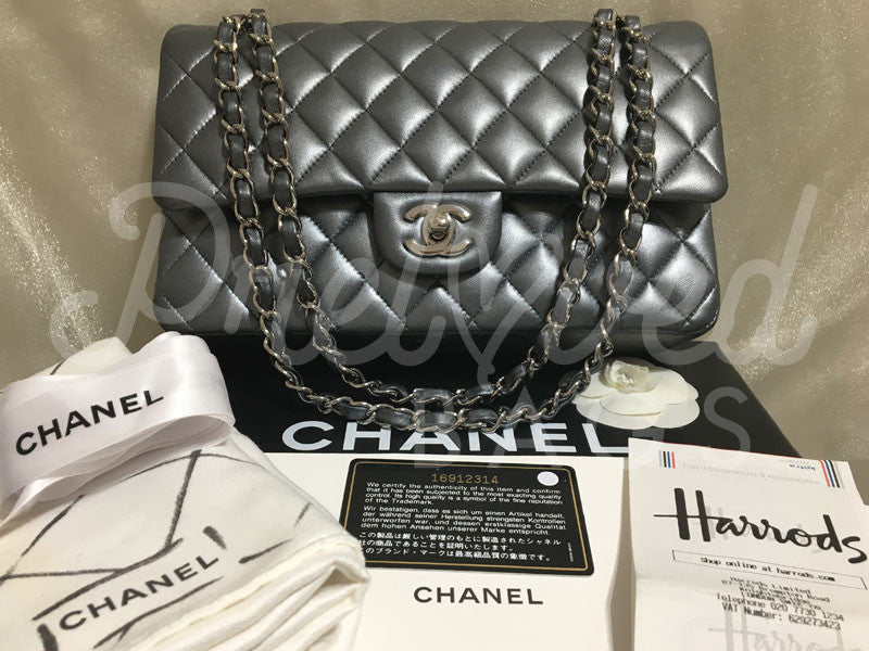 SOLD Chanel 10