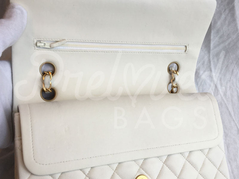 09897101549950 ... SOLD Chanel 10