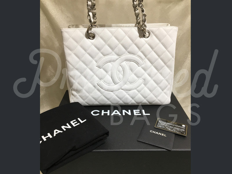 SOLD - Chanel 12.99