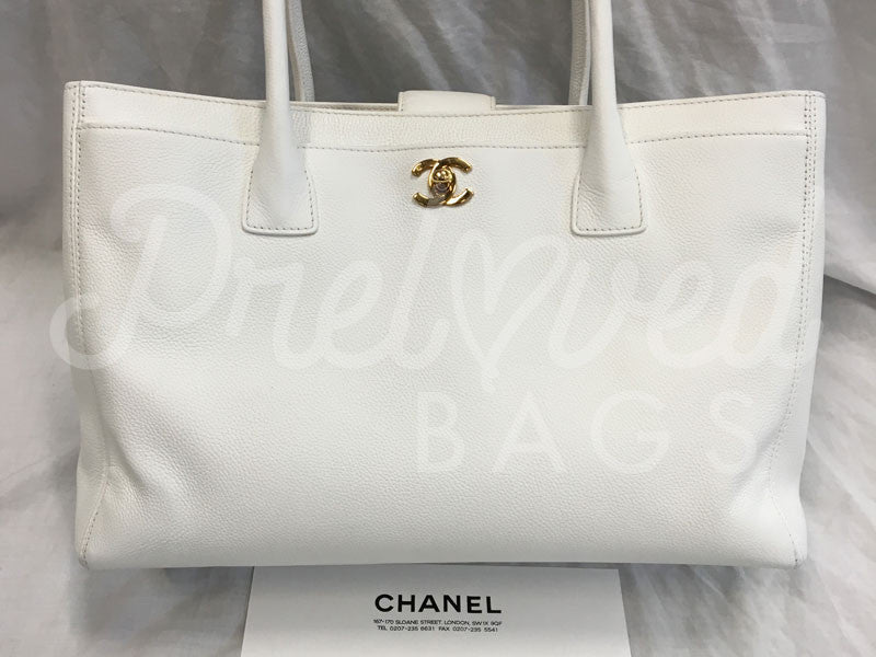 SOLD Chanel 14