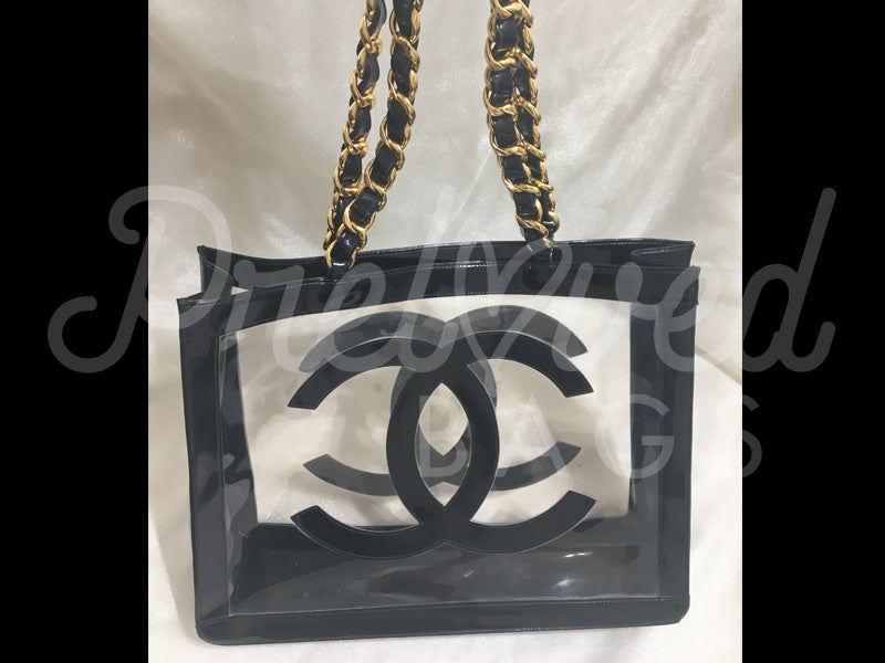 SOLD - Chanel 16.14