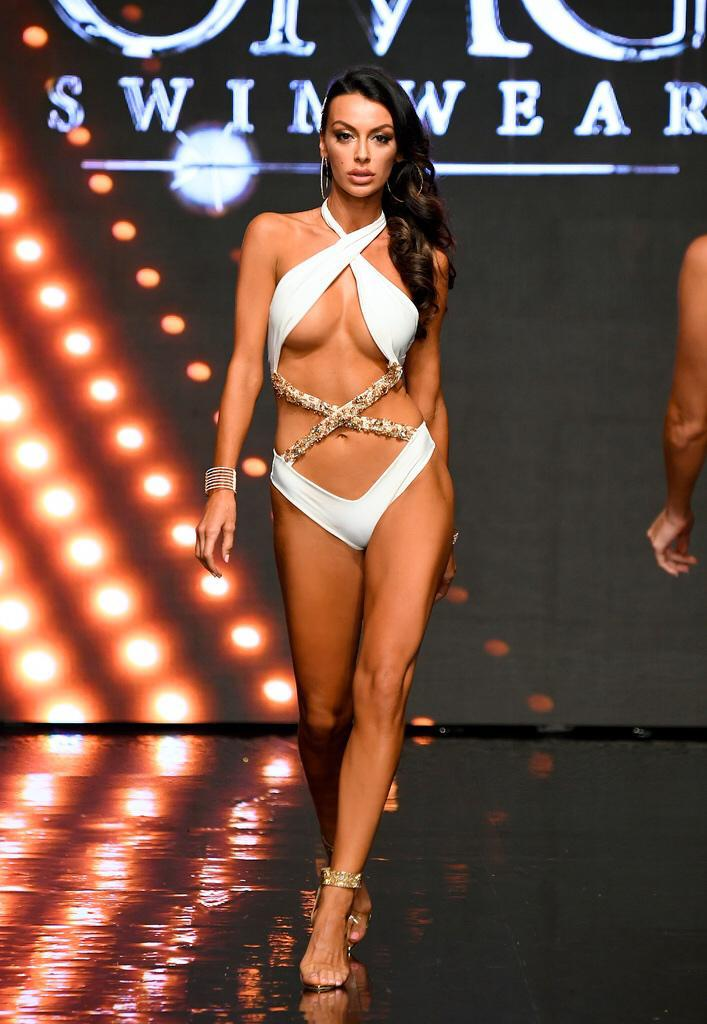 Your Majesty White Monokini