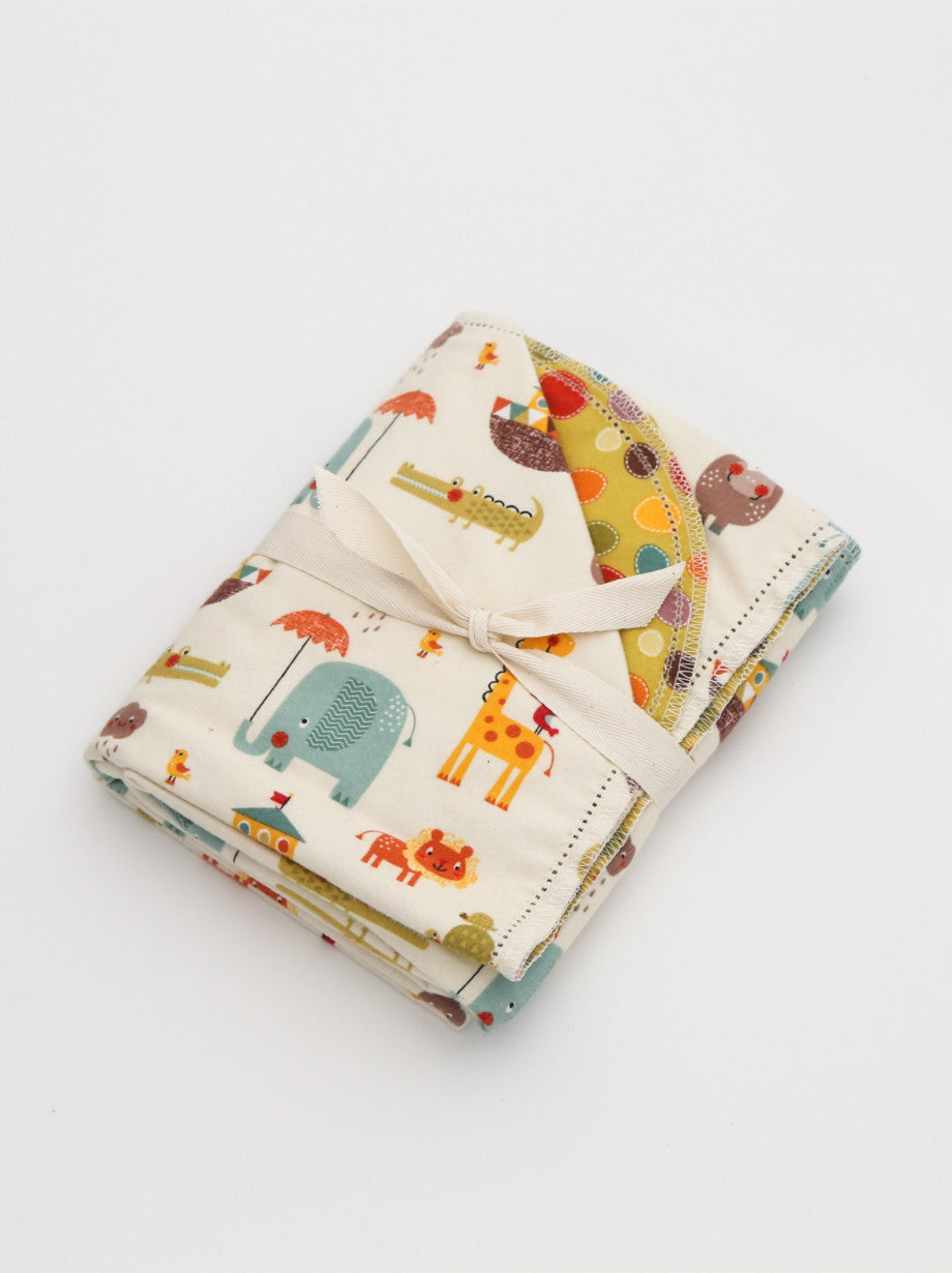 Ammee's Giraffe Crossing Cream Blanket - Riley Blake Designs