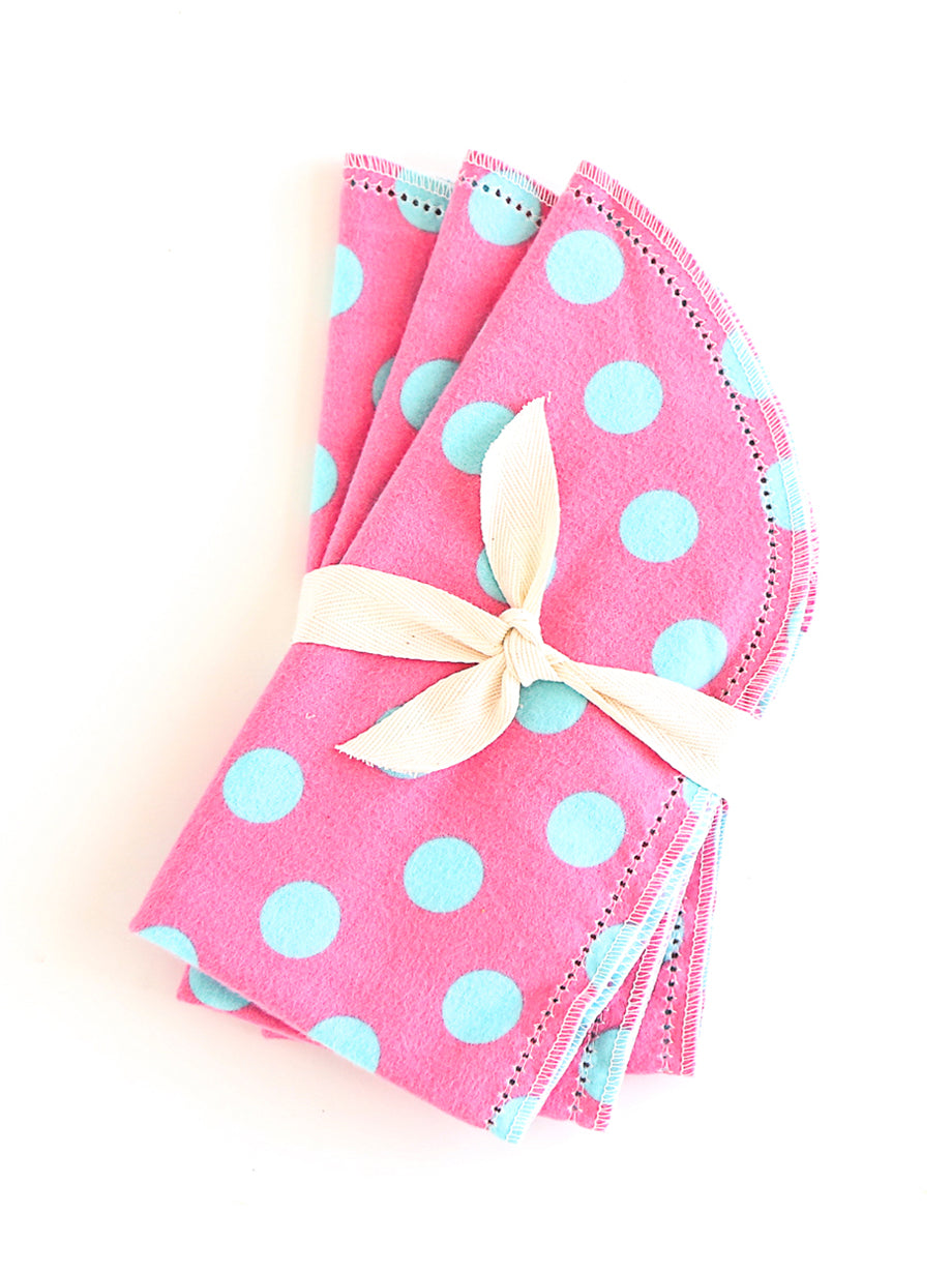372B4 Hemstitched 3 Burps Bundle - Pink with Blue Dots