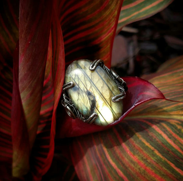 """Bruja"" Wire Wrapped Labradorite Ring"