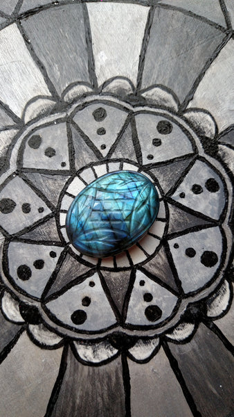 Blue green Labradorite etched cabochon