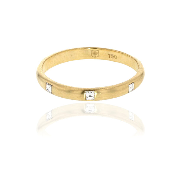 Carre Diamond 2 MM Band  - 18K yellow Gold