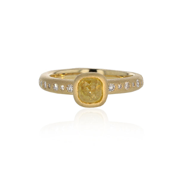 Carre Ring with yellow Rustic Diamond- 18K Yellow Gold