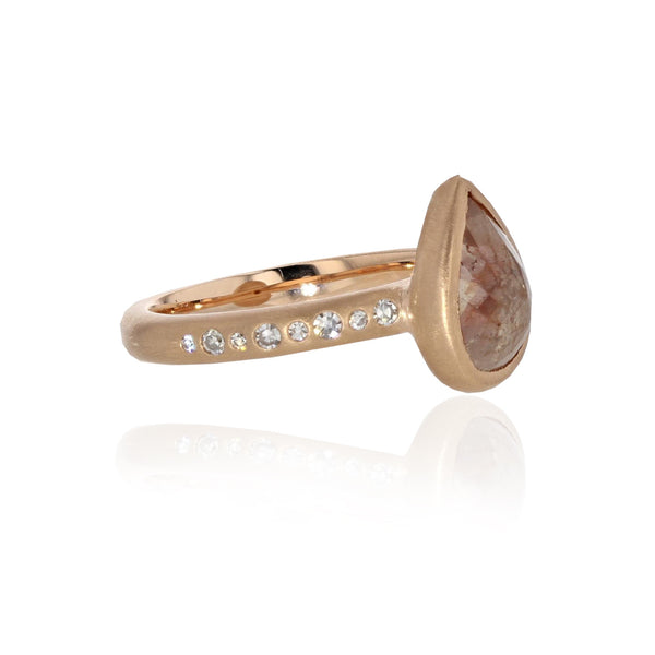Larme Ring with Pinky Peach Diamond - 18K Rose Gold