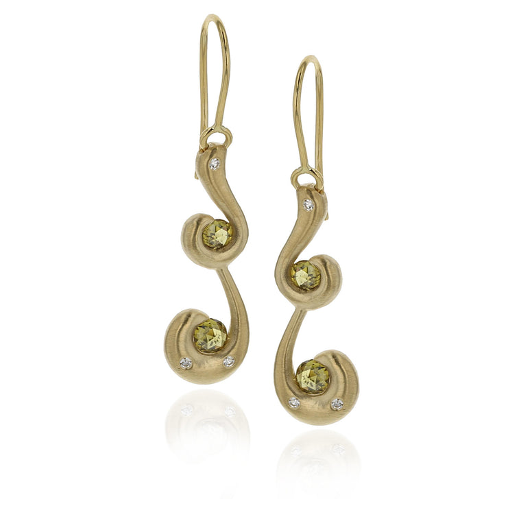 Seahorse Earrings - 18K Yellow Gold