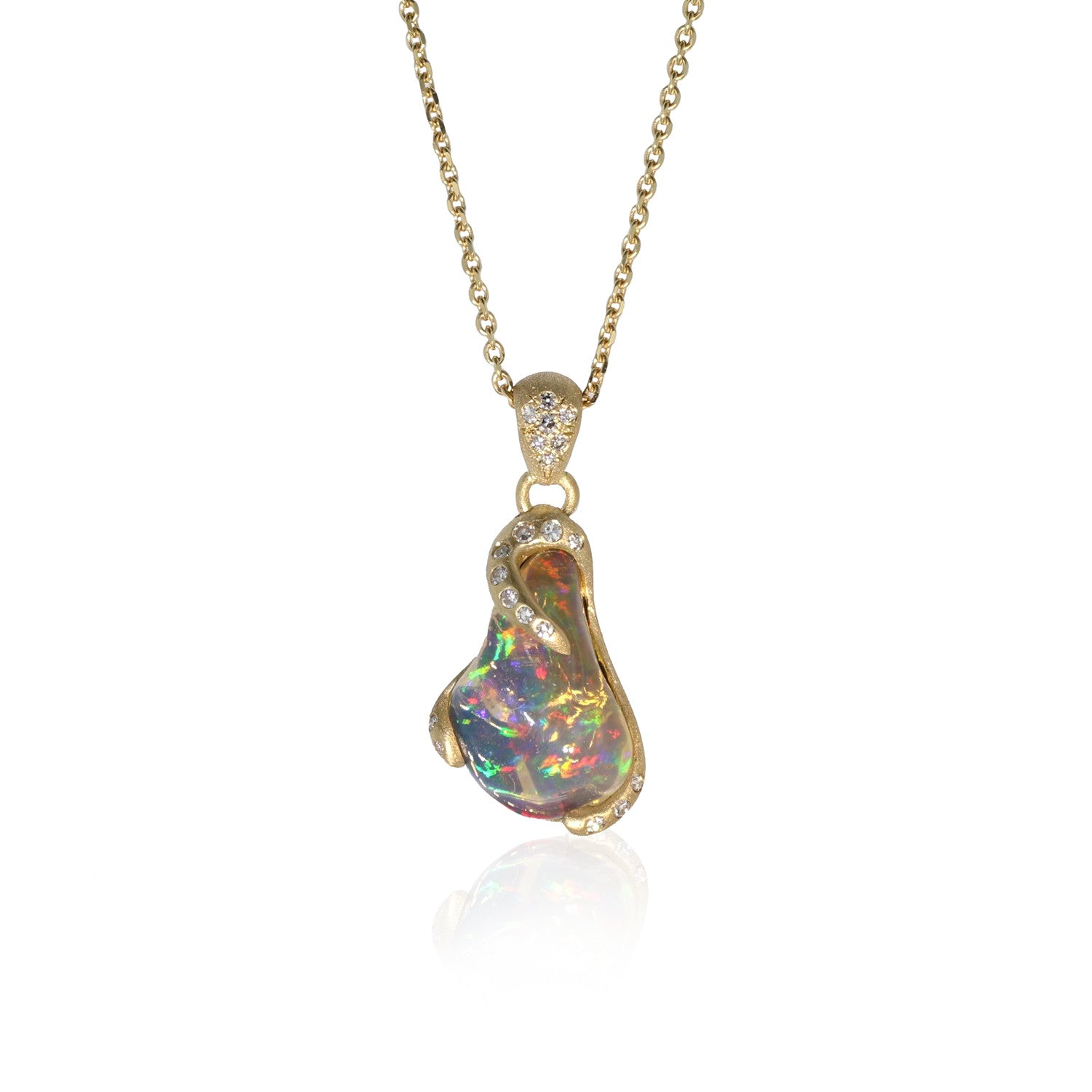 Dansant Pendant with Jelly Opal  - 18k Yellow Gold