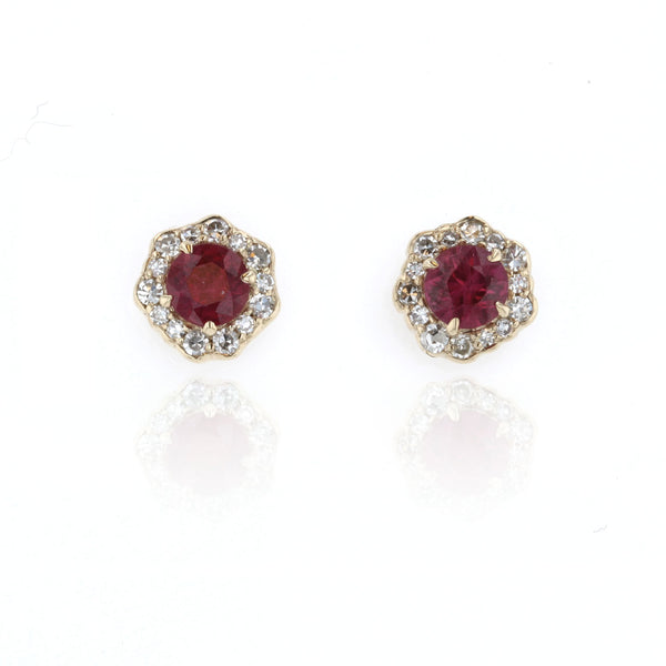Ruby and Diamond Earrings - 18K yellow gold
