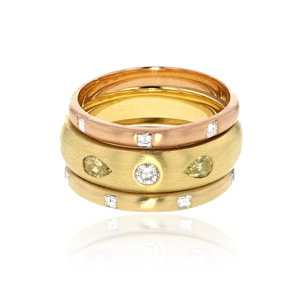 Gold Band with Pear-Shaped Diamonds 5mm wide - 18K Yellow Gold