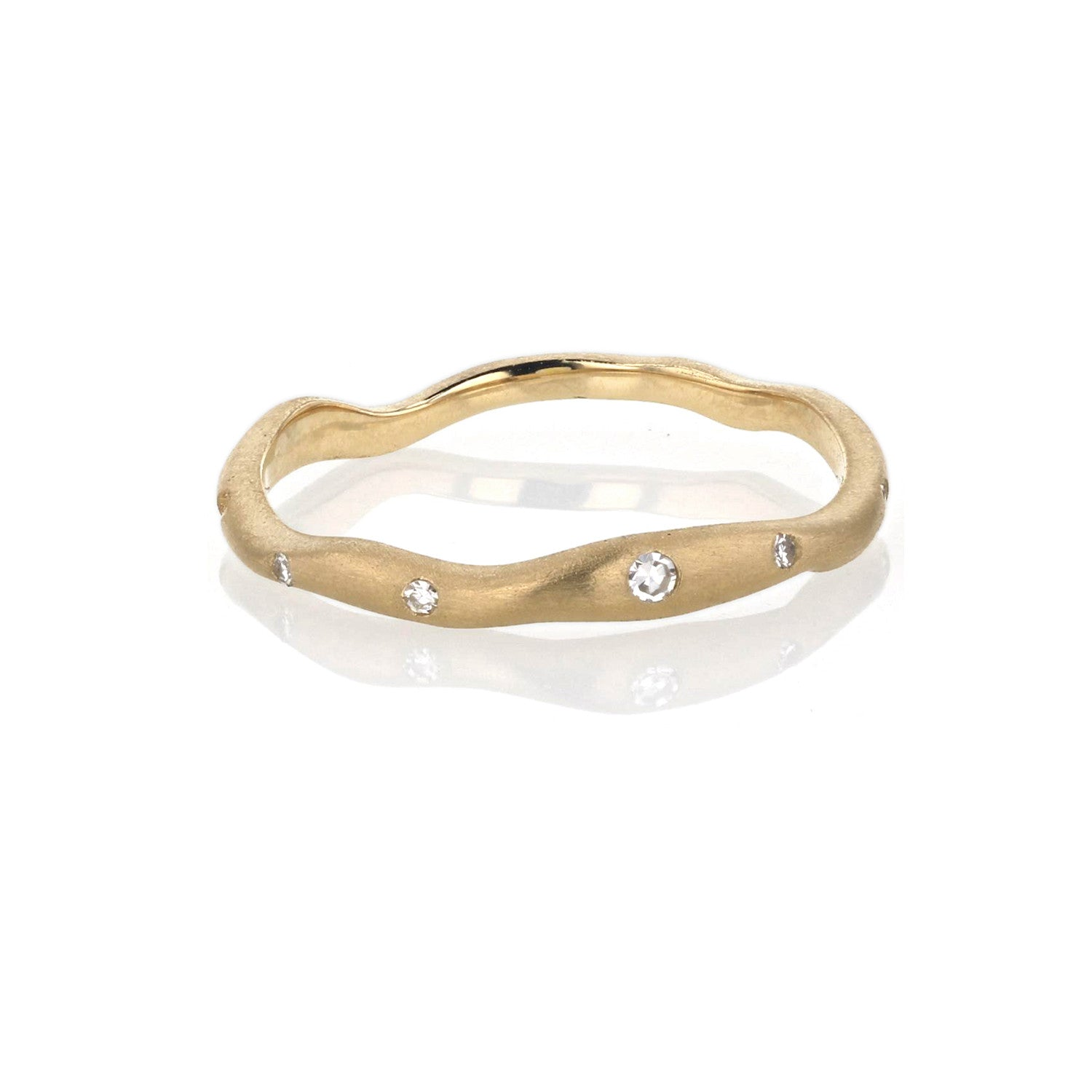 Wave Band with Diamonds Thin - 18K Yellow Gold