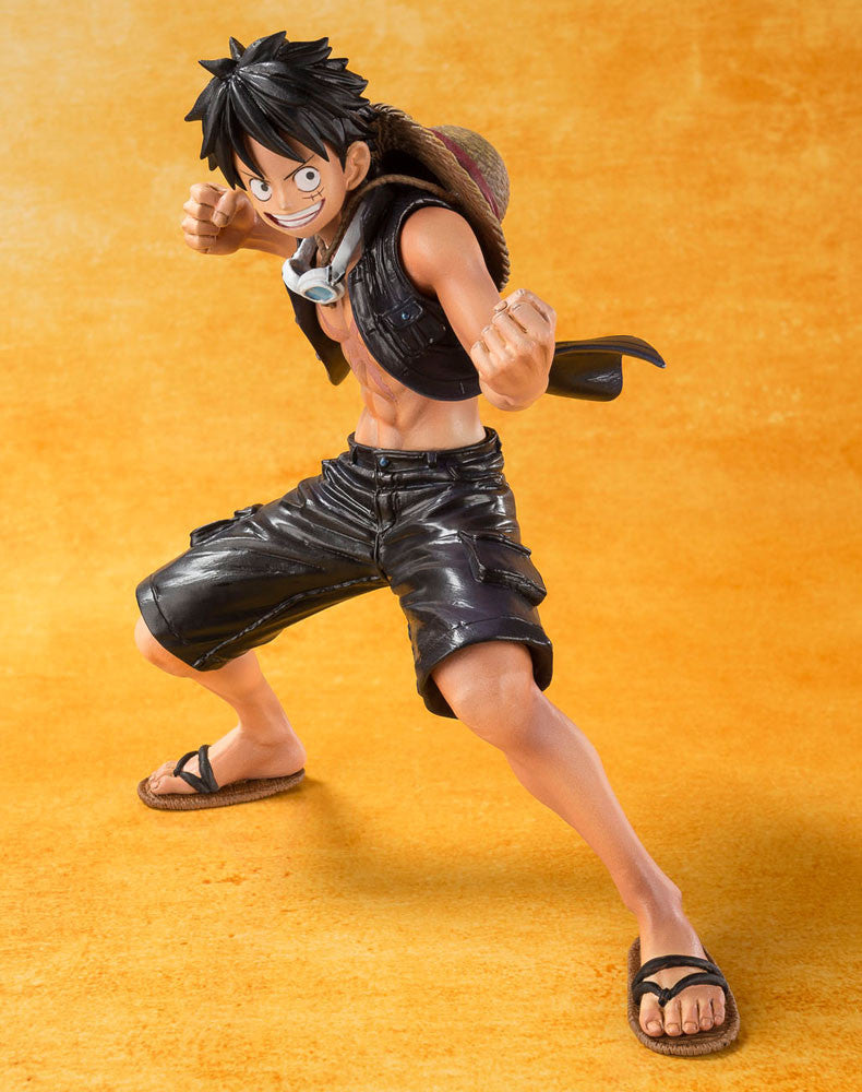 One Piece Monkey D. Luffy Offiicial FiguartsZERO PVC Figure Bandai T.N