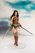 Justice League Movie Official Wonder Woman ARTFX+ Statue by KOTOBUKIYA
