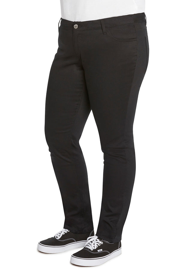Plus Size 5 Pocket Skinny Leg Pant
