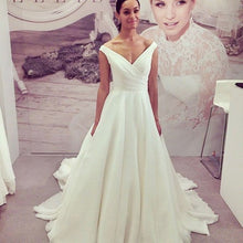 Off the Shoulder Long Organza Wedding Dress Pleated Bridal Gowns