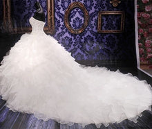 Ball Gown Organza Strapless women wedding Dress with beaded