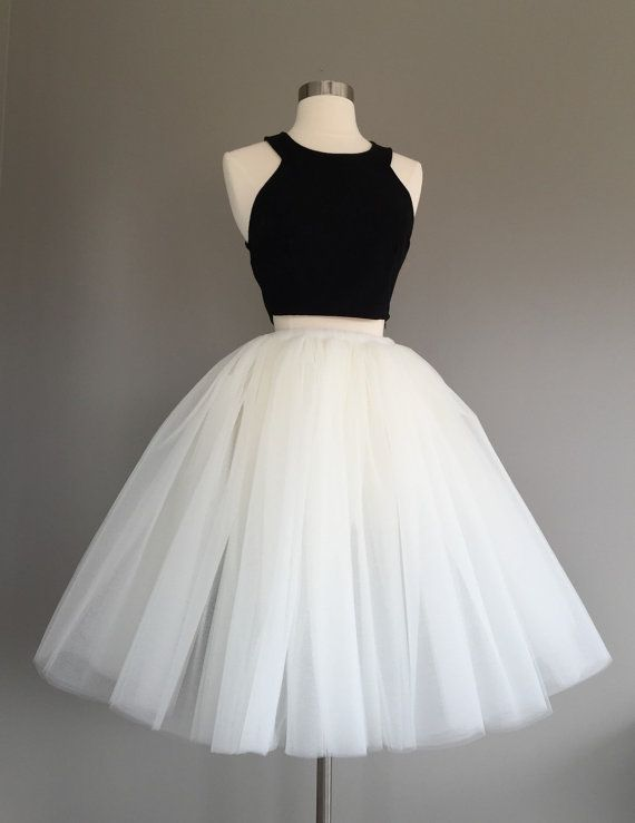 2 Pieces White Tulle Homecoming Dress Spaghetti Straps Women Dress