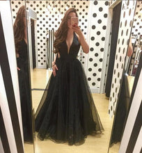Deep V Neck Long Black Organza Women Prom Dress Halter Neck