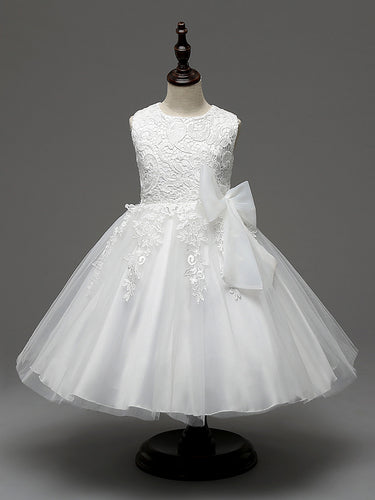 Sleeveless White A-line Tulle Lace Flower Girl Dress with Bow Tie
