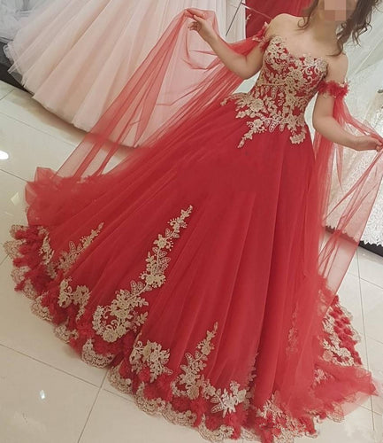 Arabic Red Tulle Sweetheart Gothic Wedding Dress 2020 Ball Gown Princess Gold Lace Applique Dubai Bride Dresses Plus Size
