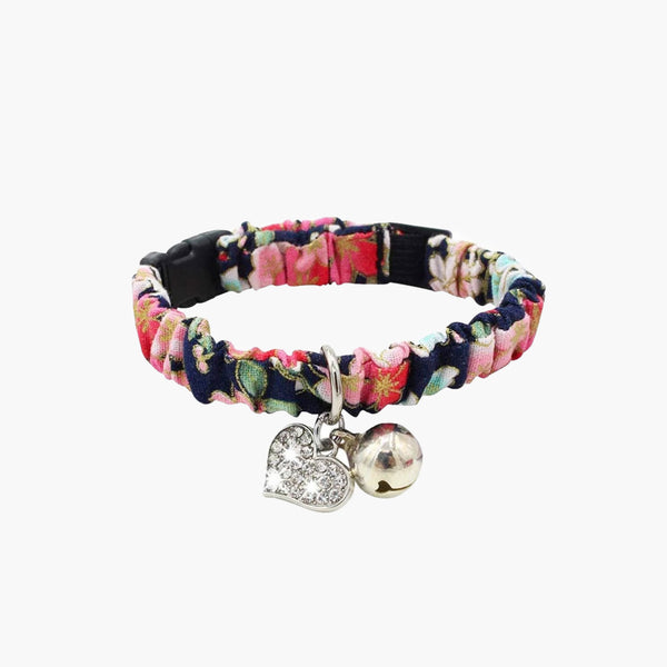 CattyBox Heart Charm Cat Collar
