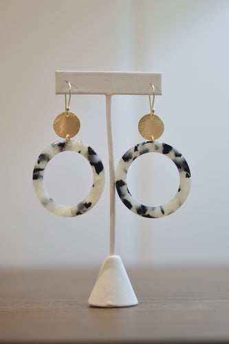 Lunar Eclipse Earrings - Pearl & Black