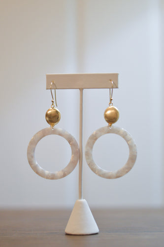 Lunar Eclipse Earrings - Pearl