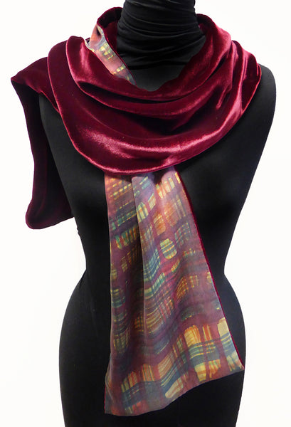 Crosshatch scarf - red velvet