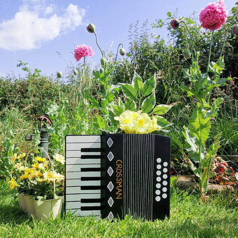 Personalised Accordion Plant Holder - Lindleywood