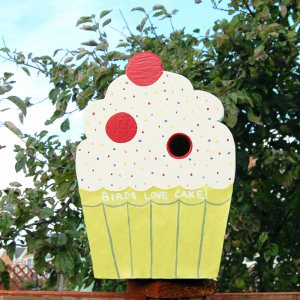 Personalised Cupcake Bird Box - Lindleywood