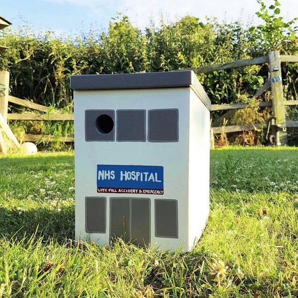 Personalised Hospital Bird Box - Lindleywood
