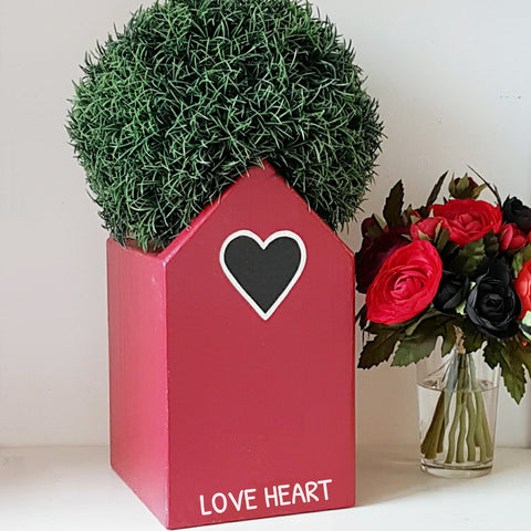 Personalised Love Heart Plant Holder - Lindleywood
