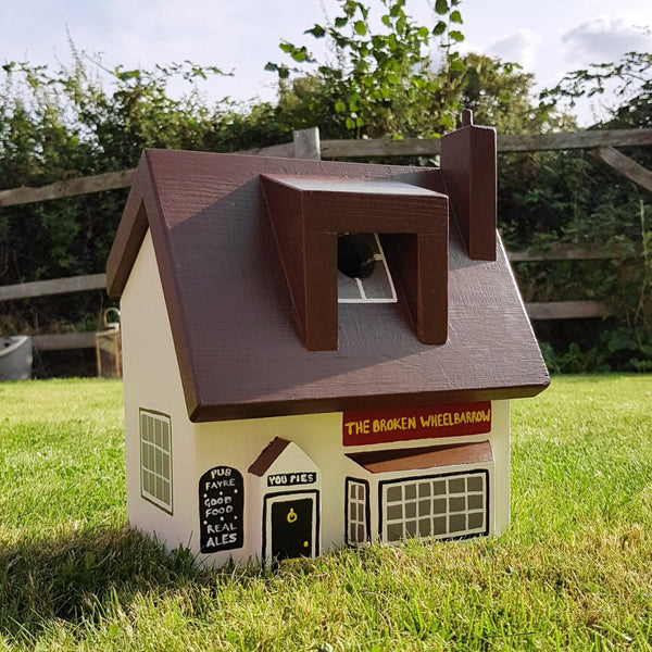 Personalised Pub Bird Box - Lindleywood