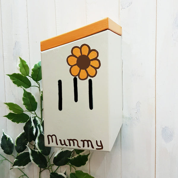 Personalised Retro Flower Butterfly House - Lindleywood