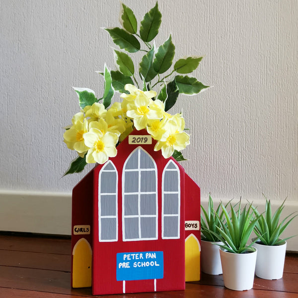 Personalised School Plant Holder - Lindleywood
