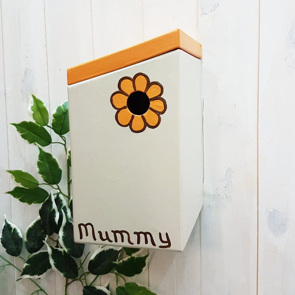 Personalised Retro Flower Bird Box - Lindleywood