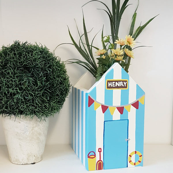 Personalised Beach Hut Plant Holder - Lindleywood