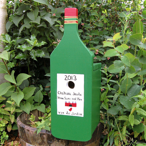 Personalised Wine Bottle Bird Box - Lindleywood