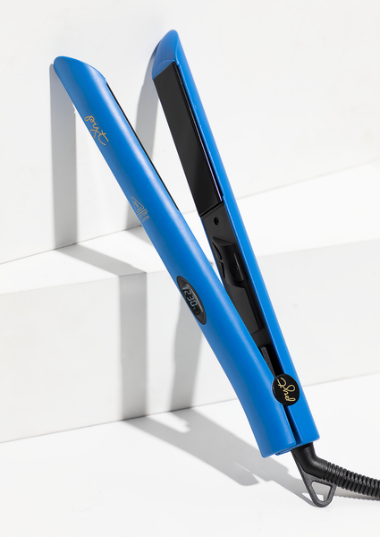 Digital Titanium Styler - Blue