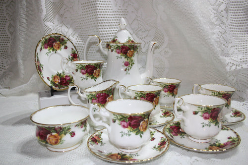 Royal Albert - Old Country Roses - Coffee Set