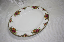 Royal Albert Old Country Roses Platter- 35cm